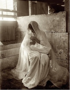 Nativity by Gertrude Kasebier c. 1901[6]