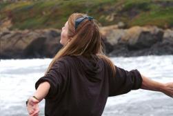Ocean swells, casts its spell.